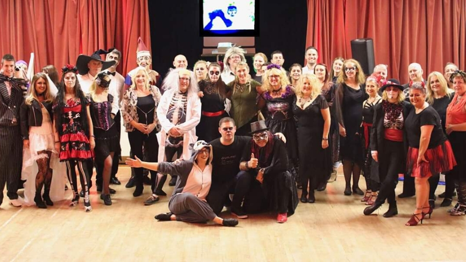 World Lemur Day celebrated with UK dance school benefit for LCF